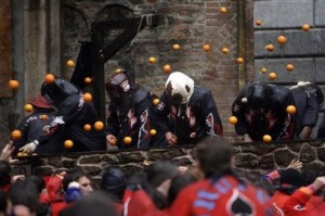 Ivrea Carnival 300x199 Battle of the Oranges (Ivrea Carnival) – Italy