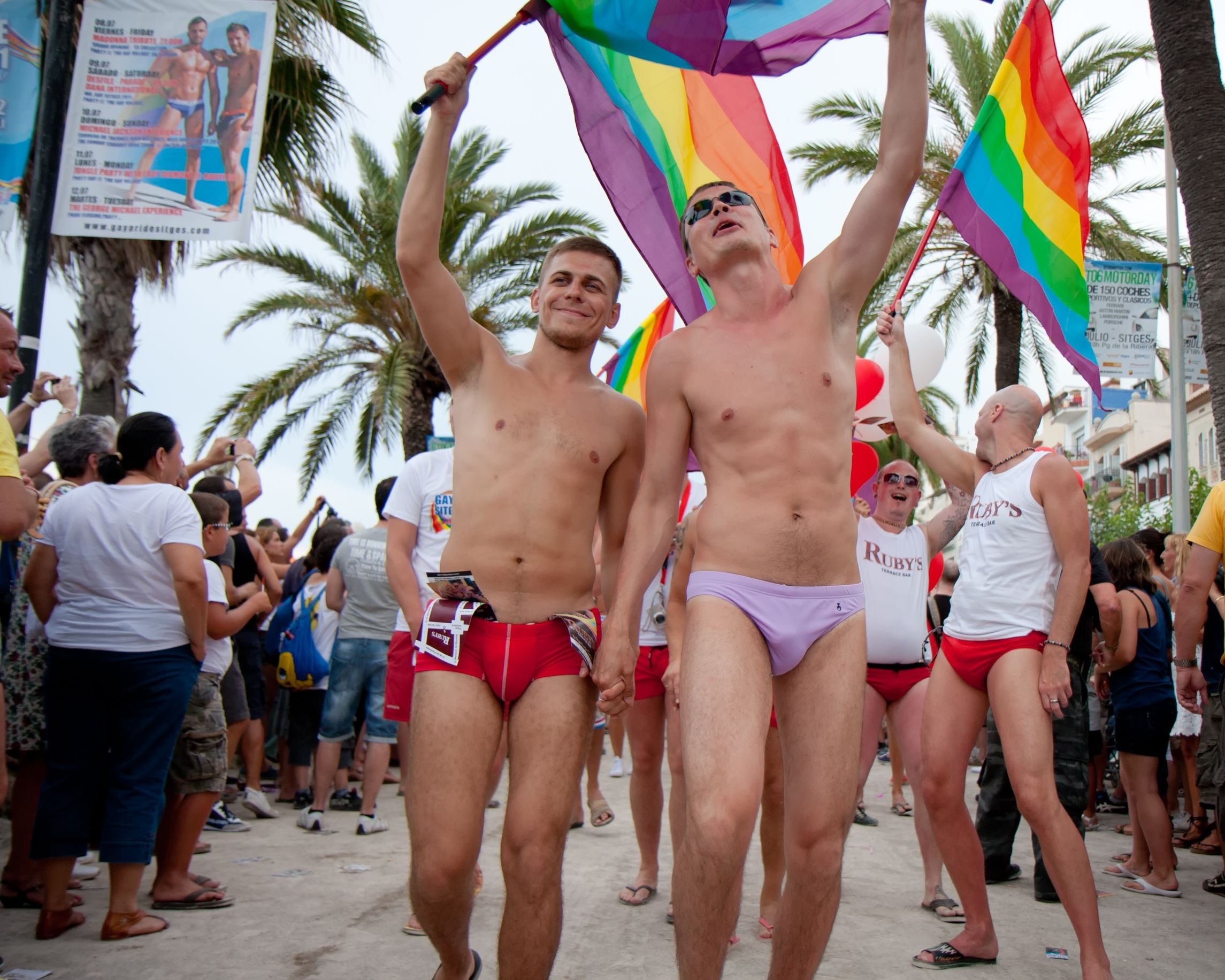 Kandidatkinja s liste Desne lige : Otkako su muškarci ženama dali pravo glasa svijet je otišao kvragu Pride-of-the-lesbian-gay-bisexual-and-transgender-community-at-the-Sitges-Festival
